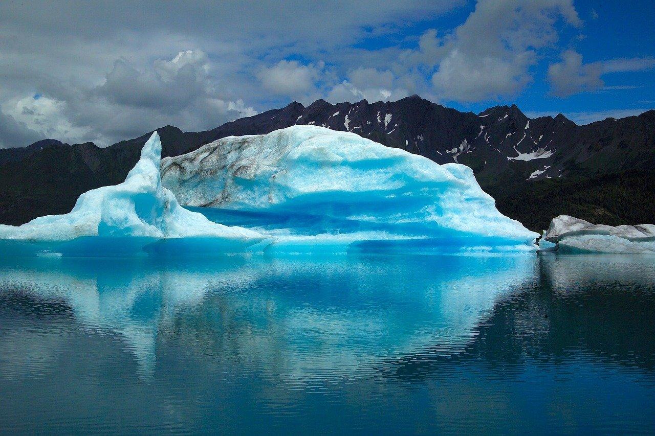 glacier-2030745_1280