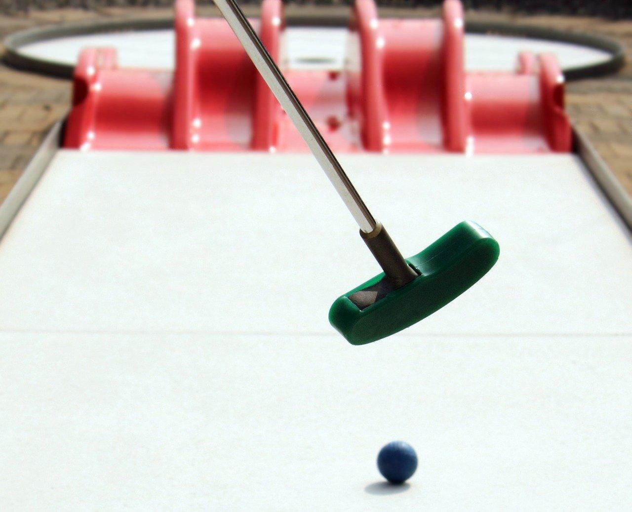 miniature-golf-2254571_1280